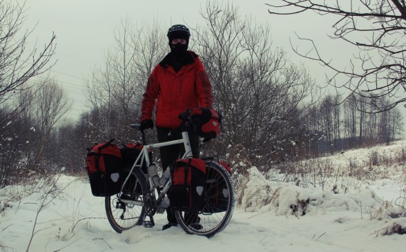 day1-winter-cycling-588x365